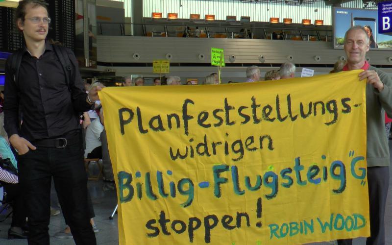 Montagsdemo im Frankfurter Flughafen 14.8.2017