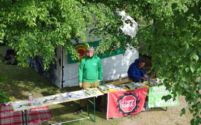 Infostand auf dem Coraci-Festival