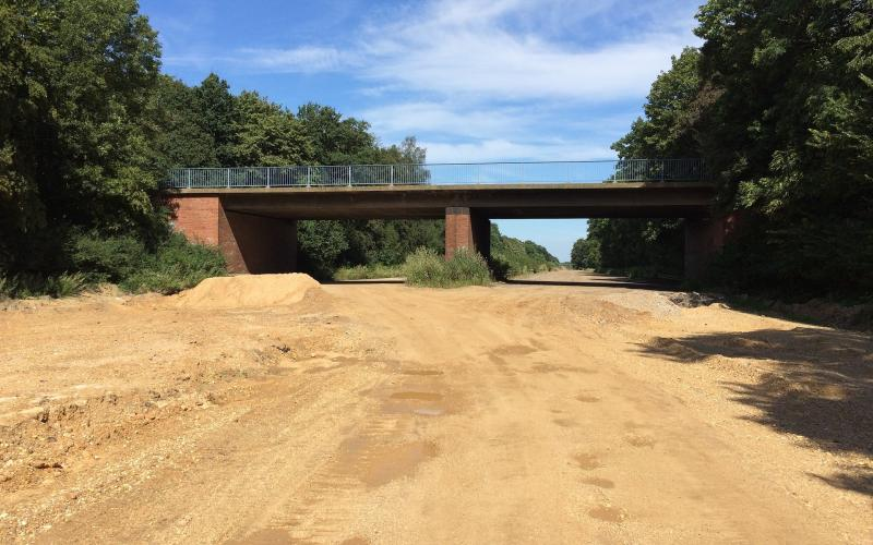 Rückgebaute Autobahn am Tagebau Hambach