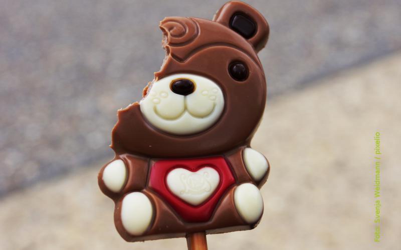 Angebissener Schokoladenbär
