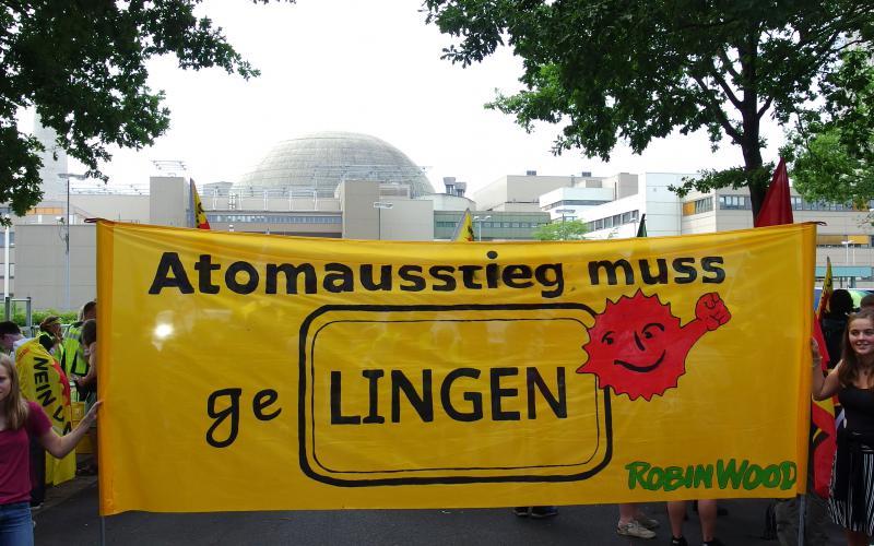Atomausstieg muss geLINGEN - ROBIN WOOD bei der Demonstration in Lingen