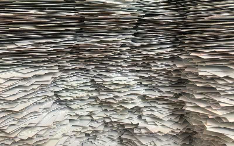 Für Büropapier gibt es Recyclingpapieroptionen